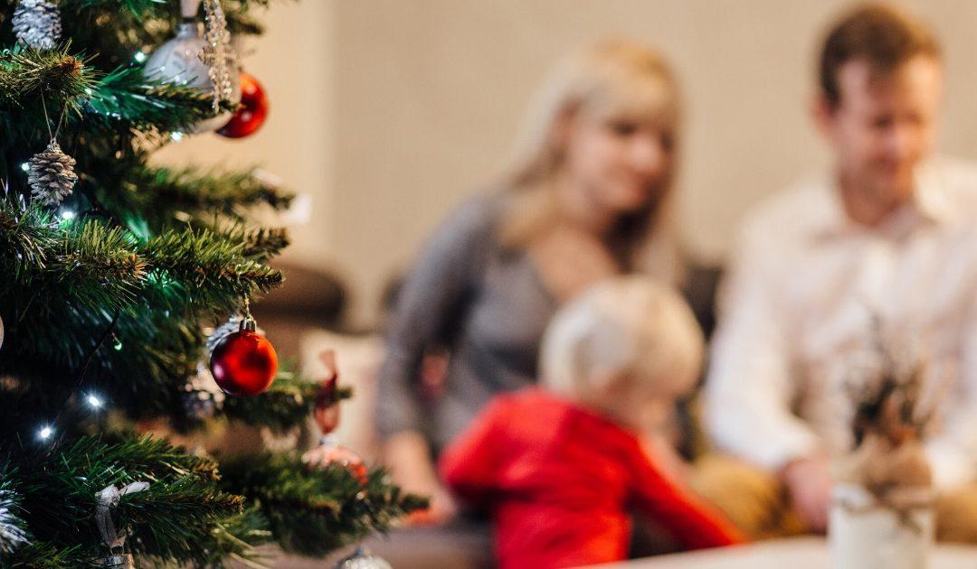 """""""Alle Jahre wieder …"""" – ein (sicheres) Fest mit Kind"""