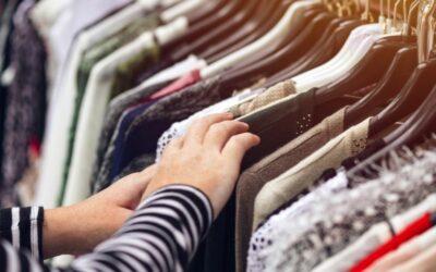 First Hand Stil, Second Hand Kleidung – Oder: Wie wir uns klimafreundlicher kleiden können