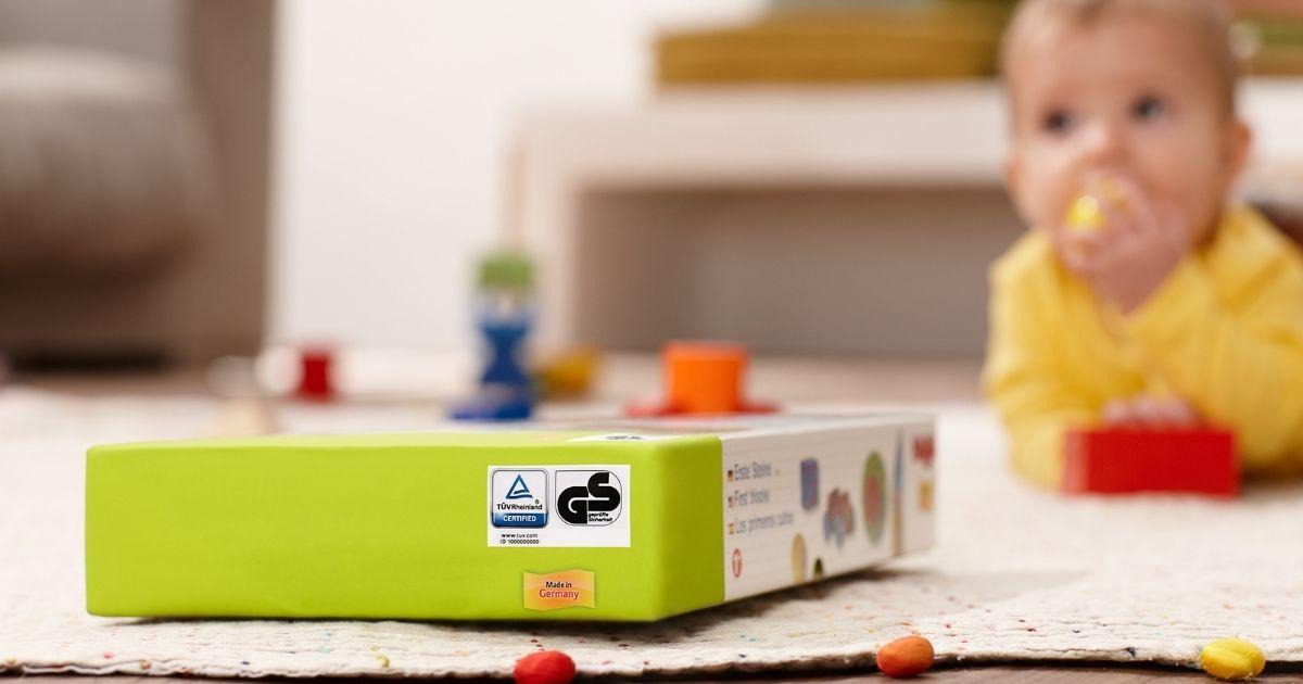 Spielzeug mit TÜV Rheinland Prüfzeichen